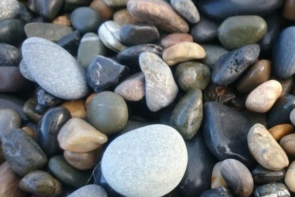 Quartz Pebbles in Saudi Arabia